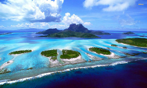 Tại sao nước biển lại có màu xanh